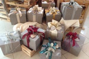 Gift boxes and baskets