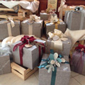 Gift boxes and baskets, 10